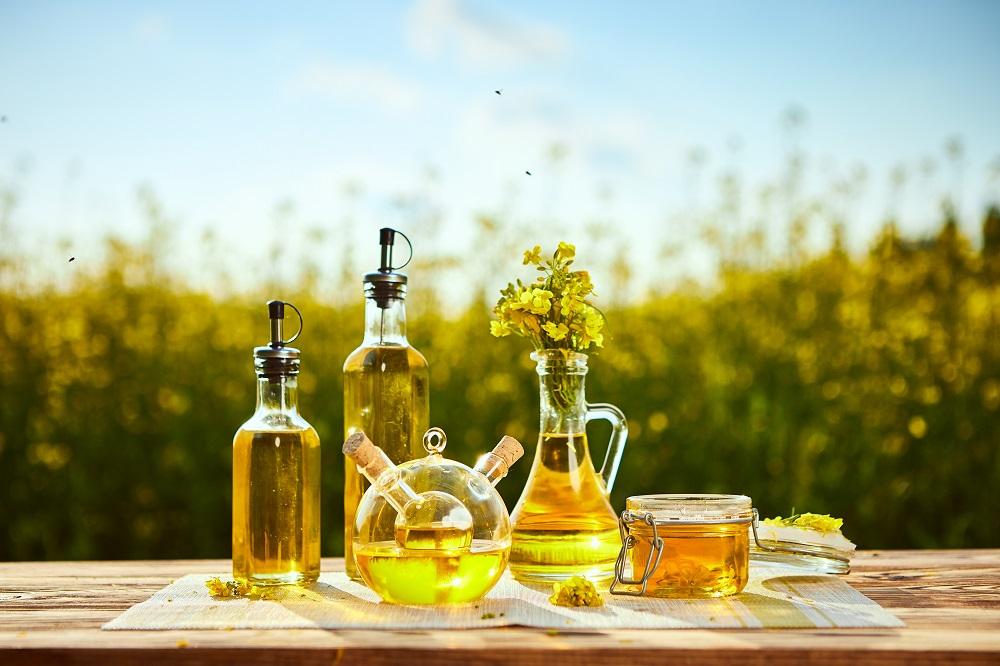 Olej lniany – dlaczego warto wybierać ekologiczne produkty?